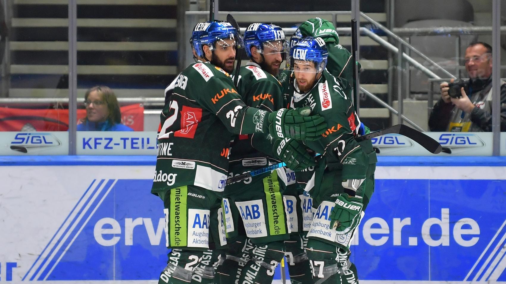 Erster Heimsieg! AEV schlägt Wolfsburg deutlich