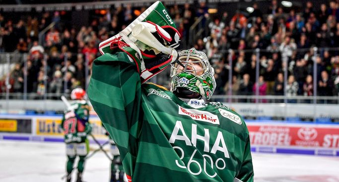 Top-Goalie Oli Roy bleibt ein Augsburger Panther